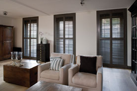 living-room-plantation-shutters